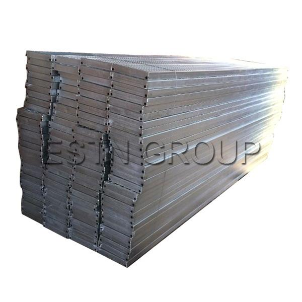 Packing of Metal Planks